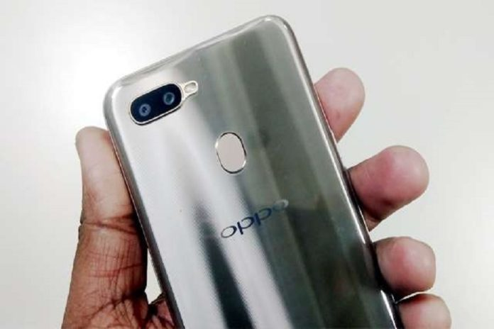OPPO stops work at Noida factory, 3000 workers to be tested for corona infection - oppo stops production in noida factory 3000 workers to test for corona infection | tech - News in Hindi
