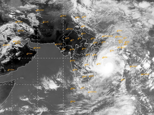 Super cyclone Amfan will hit the coast between Bengal and Bangladesh tomorrow afternoon, winds can go up to 185 km | Super cyclone Amfan will hit the coast between Bengal and Bangladesh tomorrow afternoon, winds can go up to 185 km
