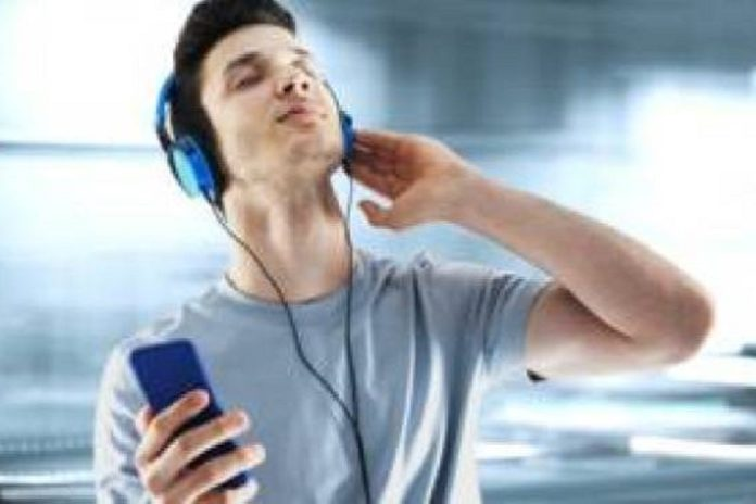 spotify music streaming with saregamapa now users can listen 1 lakh old and new songs on this app | apps - News in Hindi