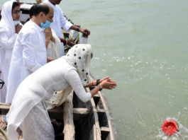 Sushant Singh Rajput's family immerse his ashes in Ganga