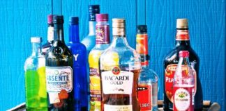 delhi opens liquor shop from today