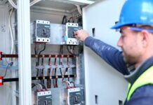 5 Things That Trigger an Industrial Circuit Breaker